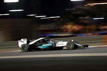 Hamilton wins Bahrain GP ahead of Raikkonen and Rosberg-Image1