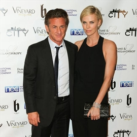 Sean Penn would consider Charlize marriage his first-Image1