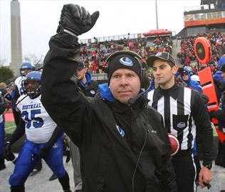 Nill brings UBC to Vanier Cup in first year-Image1