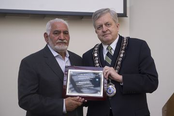 Oakville pays tribute to the late Max Khan