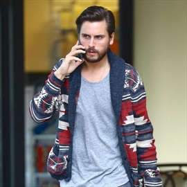 Scott Disick 'is in a classic shame spiral'-Image1