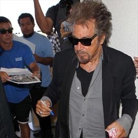Al Pacino urges daughter to drop surname-Image1