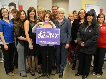 York-Simcoe MPP Julia Munro stops in Bradford for tax protest