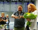 UK grants Ai Weiwei 6-month visa, apologizes for mixup-Image1