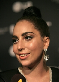 Gaga on Bennett duet CD: Jazz comes easier vs. pop-Image1