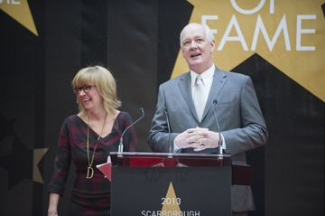 Hosts Colin Mochrie and Deb McGrath welcome guests to the Scarborough Walk of Fame induction ceremony May 15.
