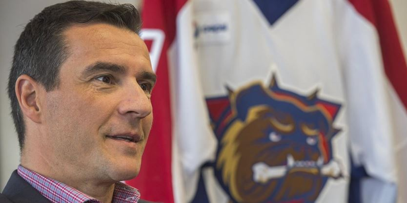 Scott Radley: Bulldogs coach Steve Staios trades for his son in high-risk move