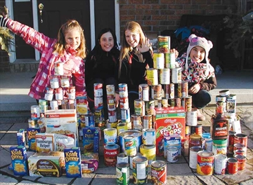 Girls collect for Food Bank– Image 1