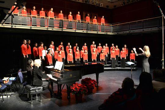 Mississauga Children's Choir sings through the snowstorm ...