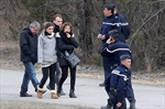 Co-pilot deliberately slams plane in Alps; families ask why-Image1