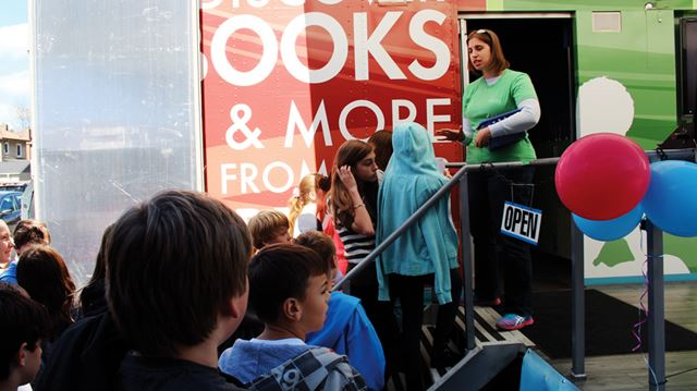 Digital bookmobile visits Cambridge