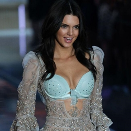 Kendall Jenner 'flattered' by Cristiano Ronaldo's interest-Image1