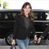 Jennifer Garner 'leaning on friends' after split -Image1