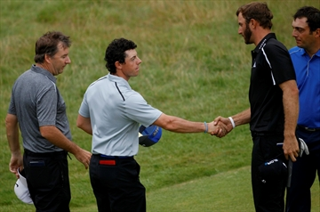 Rory McIlroy builds 6-shot lead at British Open-Image1