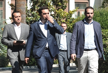 Greece looks to reopen bailout talks as euro future in doubt-Image1