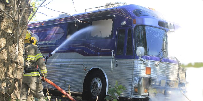 burning bus extinguished near mannheim. Black Bedroom Furniture Sets. Home Design Ideas