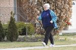 Burlington woman 'dares' to walk for Wellspring