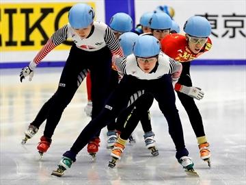 South Korea dominates short track speedskating in Sapporo-Image12