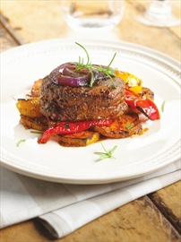 Steak with sweet peppers, sweet potatoes, red onion perfect for barbec– Image 1