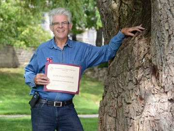 Retired Burlington teacher receives inaugural ETFO Environmental Education Award
