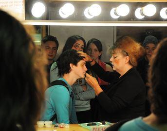 High School Students Tour Theatre Guild