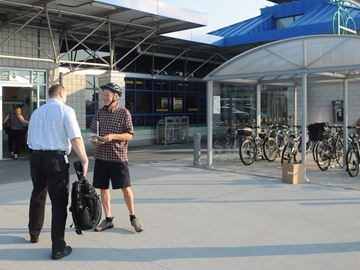 Advocate 'pedalling' idea of cycling to transit to Burlington commuters