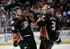 Ducks beat Flames at home for 19th straight time-Image1