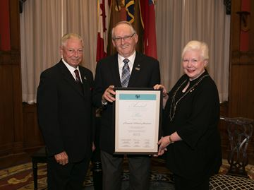 Ontario seniors award for Burlington resident