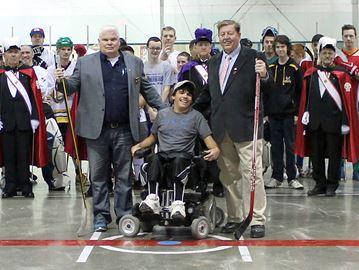 Ball hockey tournament helps Tottenham teen