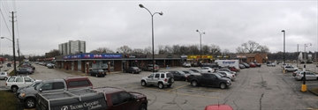 Panoramic view of Guelph plaza