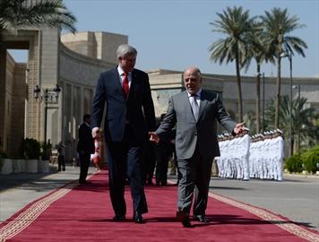 Harper makes surprise visit near ISIL front-Image1