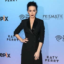 Katy Perry thankful for injury-free tour-Image1