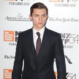 Tom Holland goes undercover-Image1