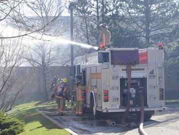 Oakville firefighters battle grassfires over weekend