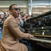 John Legend plays surprise London set-Image1