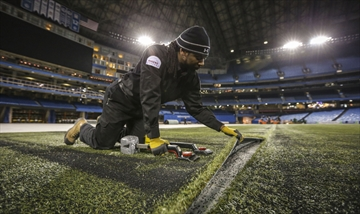 Surfacing the turf
