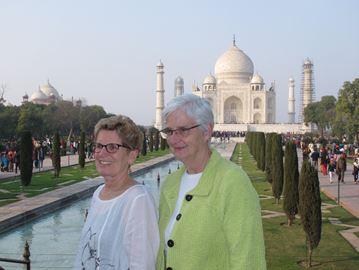 Kathleen Wynne and Jane Rounthwaite