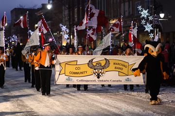 The Collingwood Santa Claus Parade ran downtown Collingwoond on a cold, cold Saturday night, November 23.