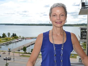 Barrie cancer survivor giving back with walk