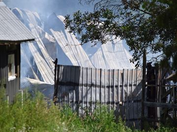 Barn fire in Manotick