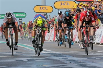 Greipel wins 2nd stage of Tour de France; Nibali loses time-Image1