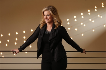 Trisha Yearwood re-emerges twice as busy-Image1