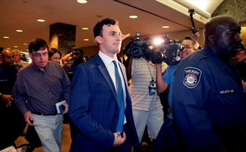 Manziel ordered to stay away from accuser in violence case-Image4