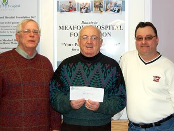 Meaford Pythagoras Lodge donates to hospital campaign