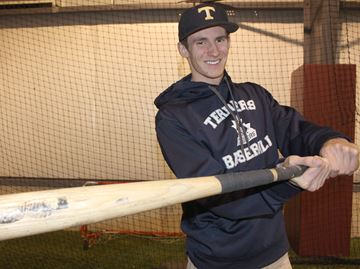 Angus baseball player secures university scholarship