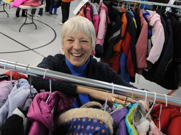Drop off donations for Oakville coat drive Saturday and Sept. 12