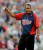 Rod Carew passes 1-month mark since heart transplant-Image1