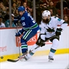 Sharks down undermanned Canucks 4-1-Image1