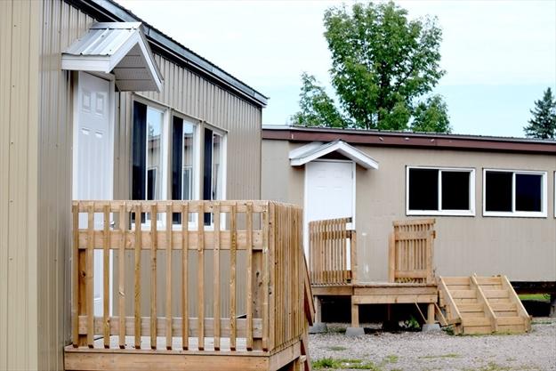 Renfrew Opp Seek Fraudster In Barn Painting Scam