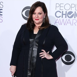 Melissa McCarthy was 'doing drag' aged 20-Image1